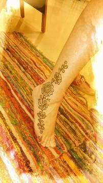 Henna Side Foot