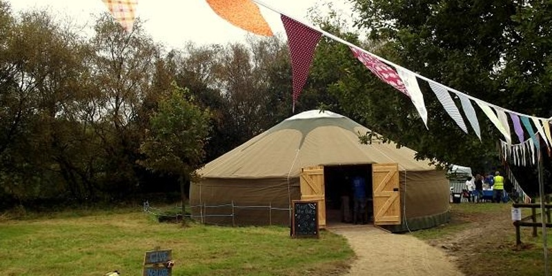 commbes valley yurt